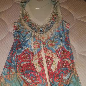 Small/Medium Embroidery Detailed Sleeveless Blouse